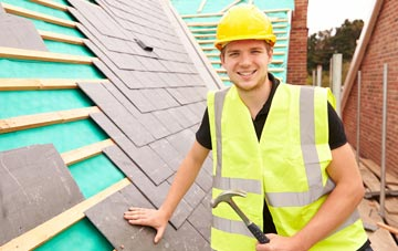 find trusted Tannadice roofers in Angus